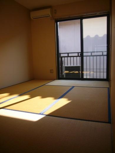 落ち着く畳のお部屋です(寝室)